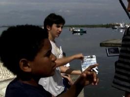 O MUNDO À NOSSA VOLTA no 7º ciclo de cinema do Mês da Prevençaõ dos Maus-Tratos na Infância @ Biblioteca Municipal Orlando Ribeiro
