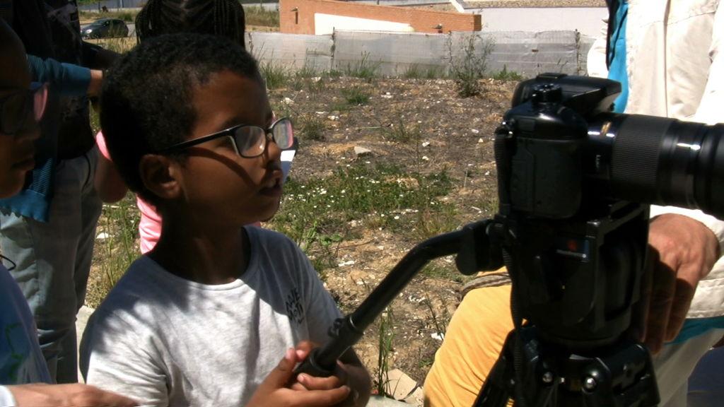 O MUNDO À NOSSA VOLTA - Cinema, cem anos de juventude - Escola E.B.1/JI Vale da Amoreira, Moita - Filmagem filme-ensaio 1 @ CEA - Centro de Experimentação Artística