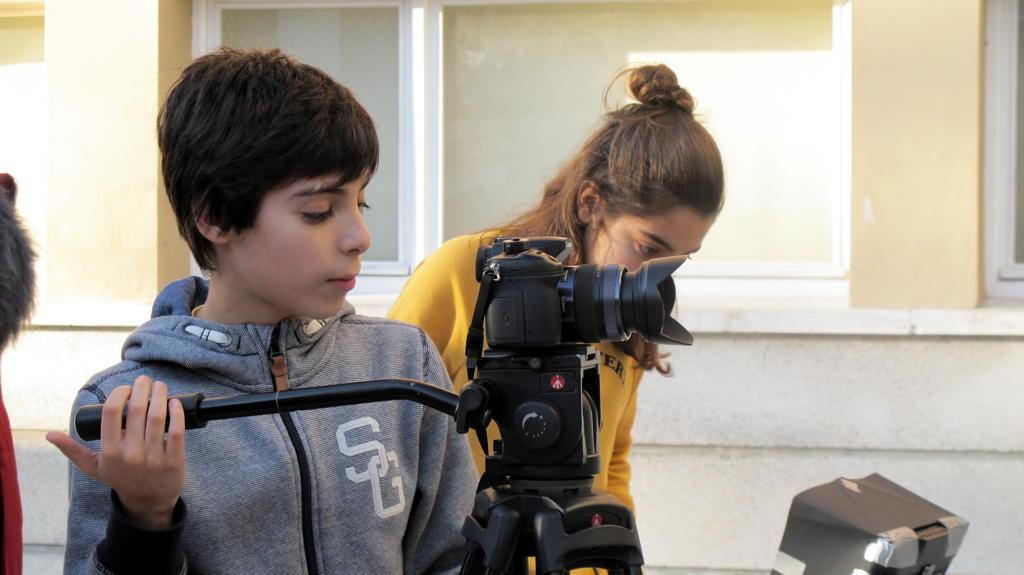 O MUNDO À NOSSA VOLTA - Cinema, cem anos de juventude - Filmagem Exercícios @ Escola E.B.2.3 Marquesa de Alorna