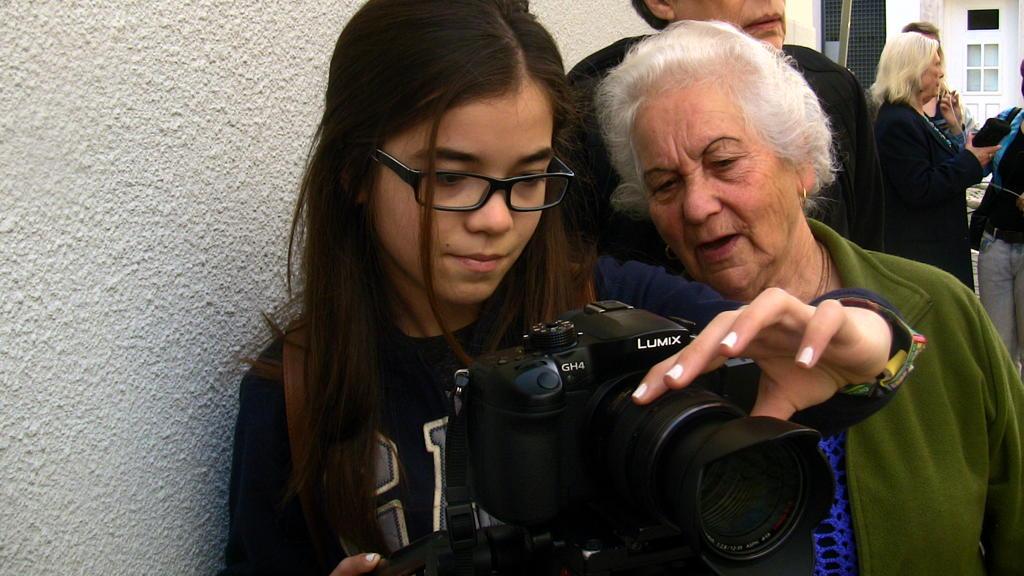 O MUNDO À NOSSA VOLTA - O Primeiro Olhar 98 / Filmar 19 @ Centro Social de São Boaventura
