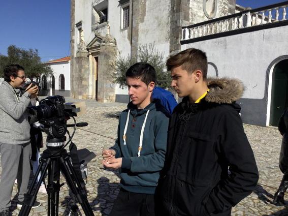 O MUNDO À NOSSA VOLTA - Cinema cem anos de juventude - Filmagem Exercícios @ Serpa