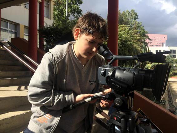 O MUNDO À NOSSA VOLTA – O Primeiro Olhar 101 - Filmagem @ Escola Básica Damião de Góis