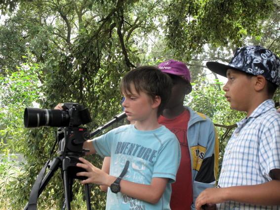 O MUNDO À NOSSA VOLTA – Cinema cem anos de juventude – Filmagem filme-ensaio @ Escola EB1/JI Vale da Amoreira, Moita