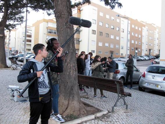 O MUNDO À NOSSA VOLTA / Cinema, cem anos de juventude - Filmagem exercícios @ Escola Básica Moinhos da Arroja