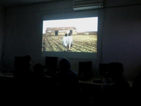 O MUNDO À NOSSA VOLTA – Cinema cem anos de juventude – Visionamento de fragmentos de filmes @ Escola Básica 1 de Vila Nova de São Bento