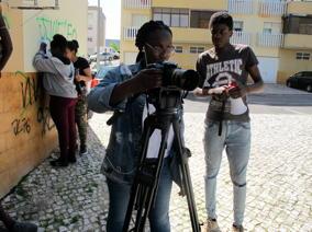 O MUNDO À NOSSA VOLTA / Cinema, cem anos de juventude - Filmagem filme-ensaio @ Escola Básica Moinhos da Arroja