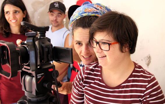 O MUNDO À NOSSA VOLTA / O Primeiro Olhar 108 - Filmagem @ APPACDM, Lisboa