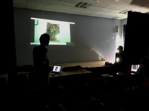 O MUNDO À NOSSA VOLTA – Cinema cem anos de juventude – Visionamento de fragmentos de filmes @ Escola Básica Moinhos da Arroja
