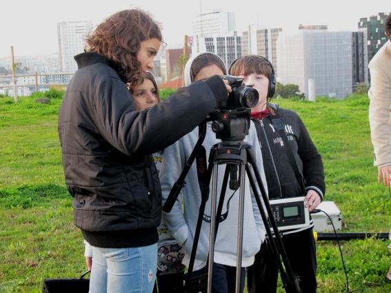 O MUNDO À NOSSA VOLTA – Cinema cem anos de juventude – Filmagem Exercício @ Escola E.B.2.3 Marquesa de Alorna