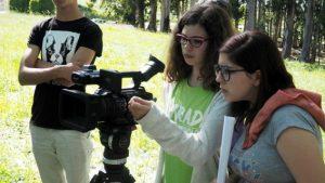 O MUNDO À NOSSA VOLTA - Cinema cem anos de Juventude - Filmagem filme-ensaio @ Escola E.B.2.3 de Sobral de Monte Agraço
