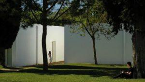 O MUNDO À NOSSA VOLTA / Cinema, cem anos de juventude 2018-2019  - Apresentação filmes-ensaio @ Cinemateca Portuguesa